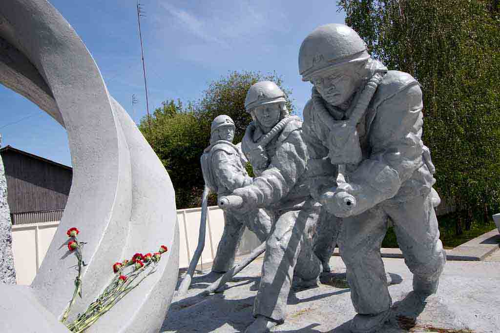 CHERNOBYL DISASTER BEFORE AND AFTER: HEROES MONUMENT