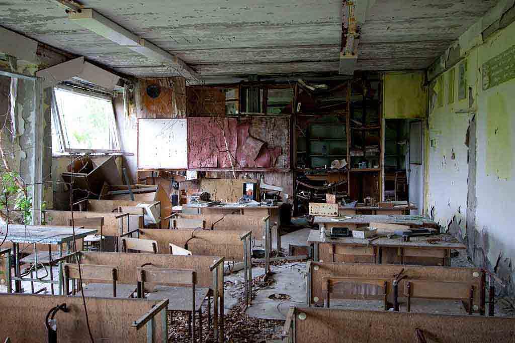 Abandoned classroom, Pripyat school